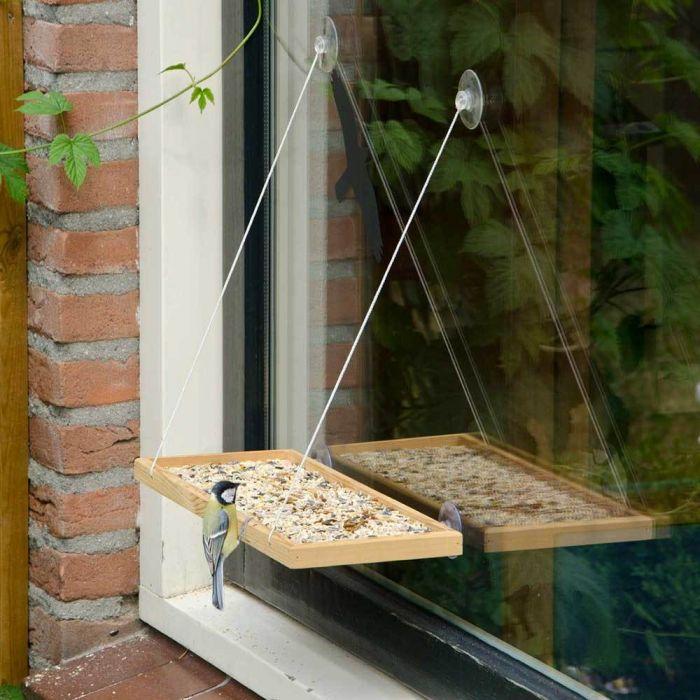 Geschenk für einen Vogelliebhaber-Fensterfutterhaus
