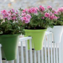 Blumenkästen für Balkongeländer