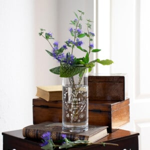 Persönliches Geschenk für Oma - Vase mit Gravur